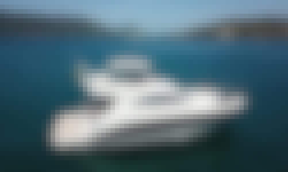 47' Azzera Azimut Motor Yacht Rental in Arraial do Cabo, Brazil