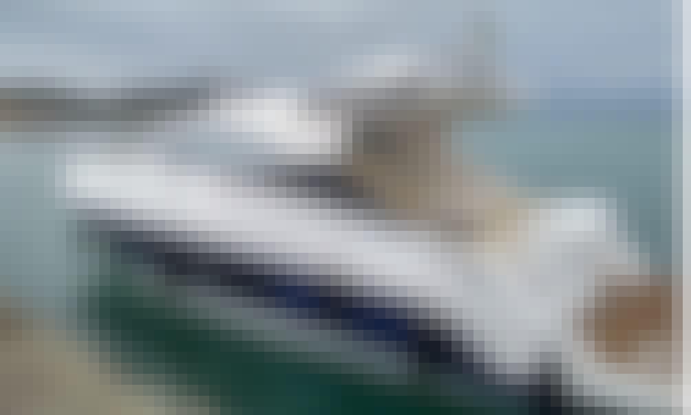 38' Fantasy Phantom Motor Yacht Rental in Arraial do Cabo, Rio de Janeiro - Brazil