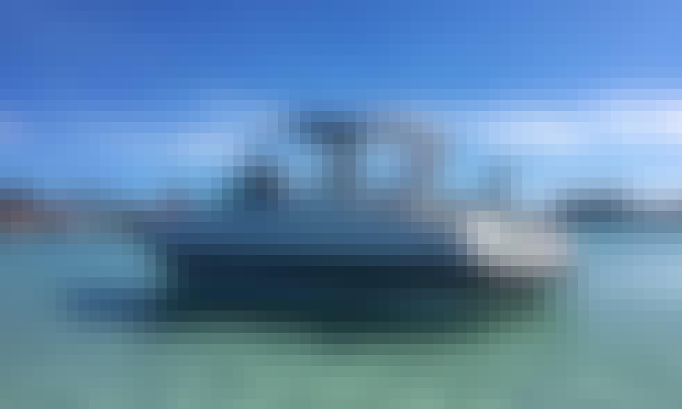 28' Macunaíma Coral Speedboat Rental in Arraial do Cabo, Rio de Janeiro, Brazil