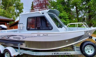 Go Fishing on 22' Hewescraft Pro V 200 Fishing Boat in Seward, Alaska