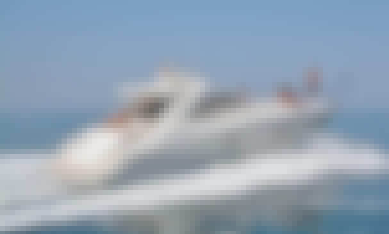 53' Sunseeker Power Mega Yacht Rental in Quarteira, Faro