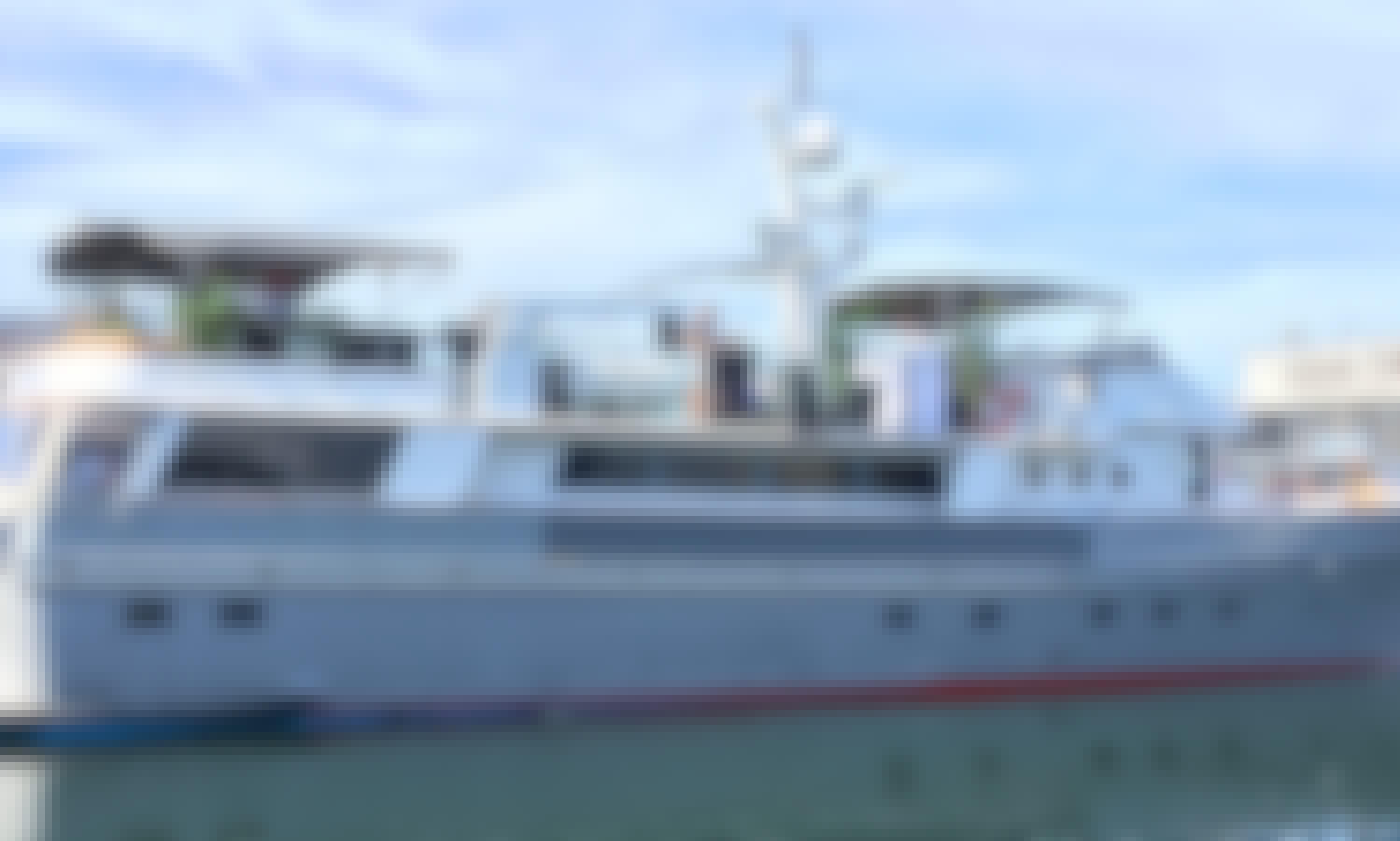Motor Yacht rental in Helsinki