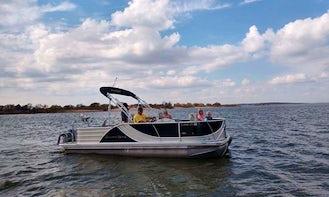 Fun & Sun on Texoma with 22' South Bay Pontoon Boat