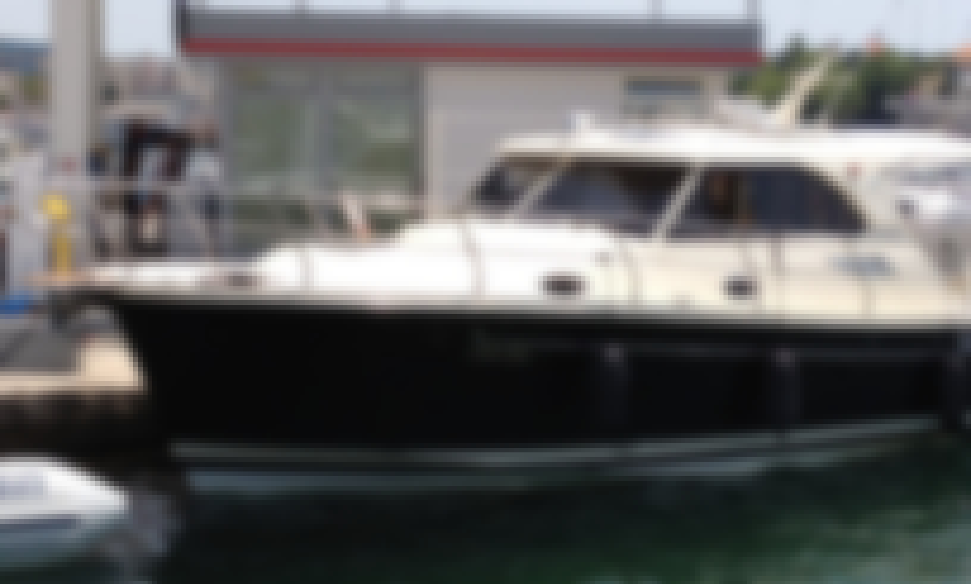 Reserve the Sas Vektor Adriana 36 Motor Yacht in Zadar, Croatia