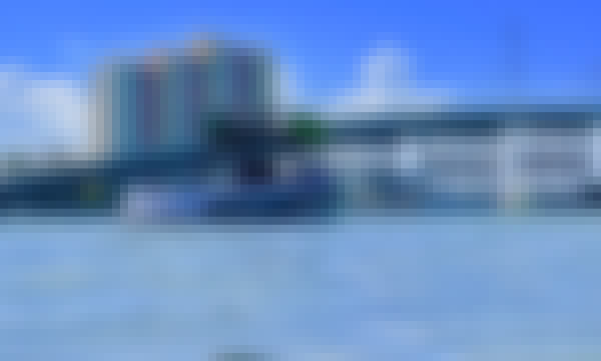 Super Air Nautique Wake Boat on Lake Tulloch