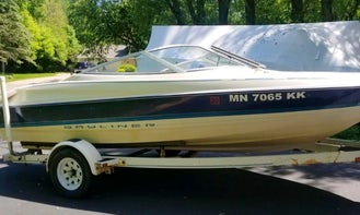 Bayliner Capri 1750 LS Speedboat Rental