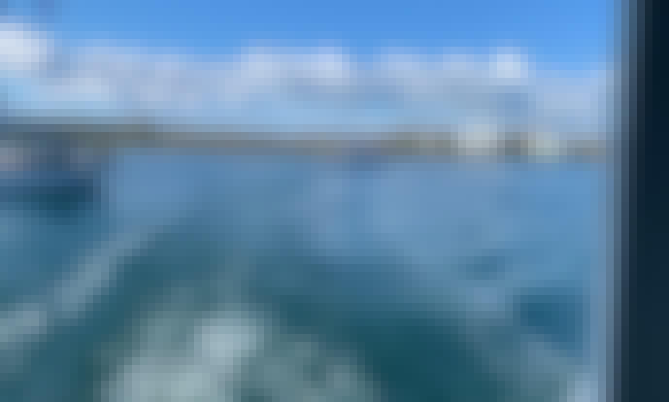 6 Person Boat Rental in Miami Beach, Florida