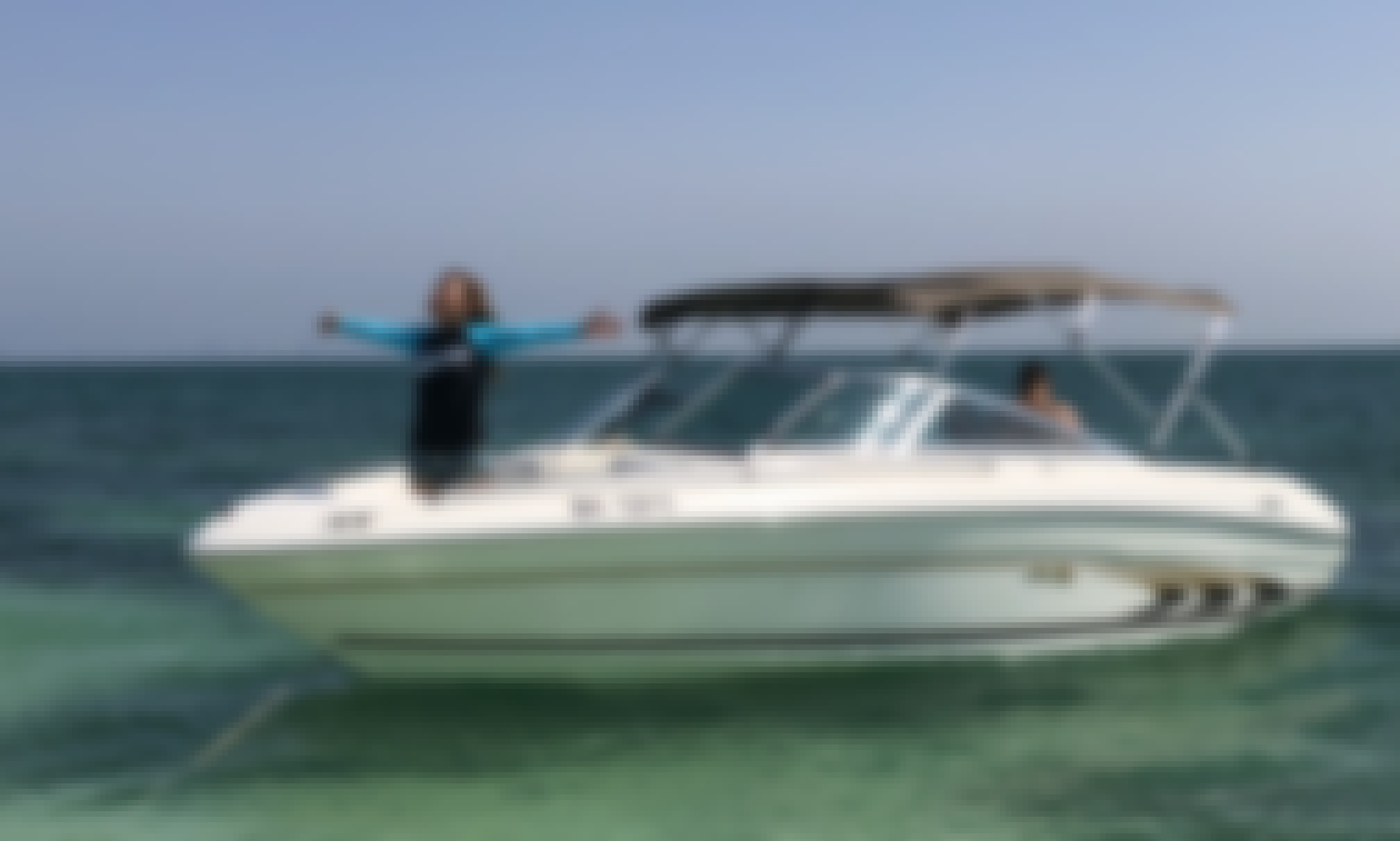 Skippered Boat Hire for Sandbar and Island Chilling Trip in Al Hamala, Norther Governate!