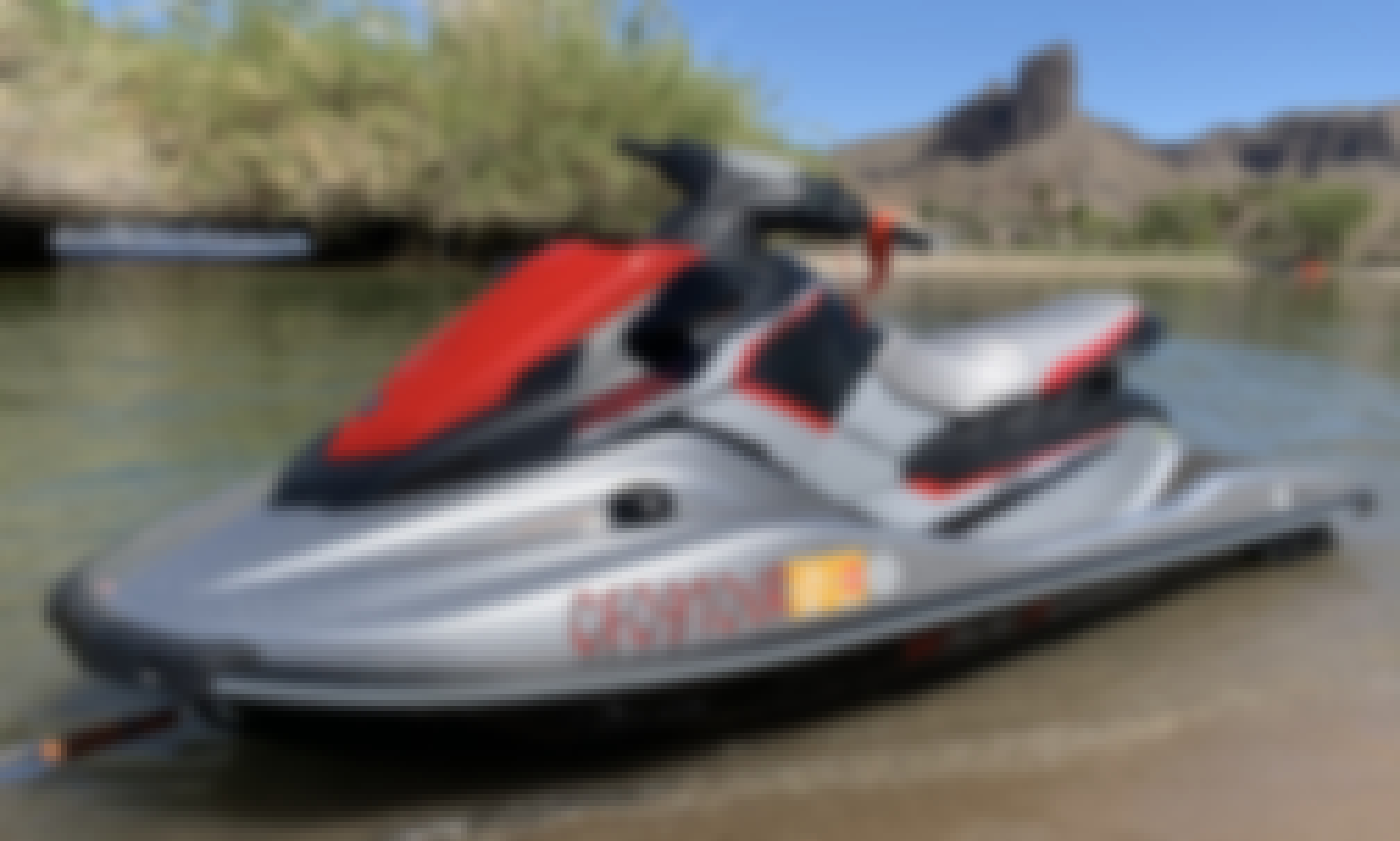 2017 Yamaha EX Deluxe Jet Ski in Southern California
