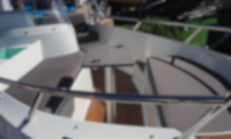 Rent 15' Oceanmaster 470 Powerboat in Port d'Alcúdia, Mallorca