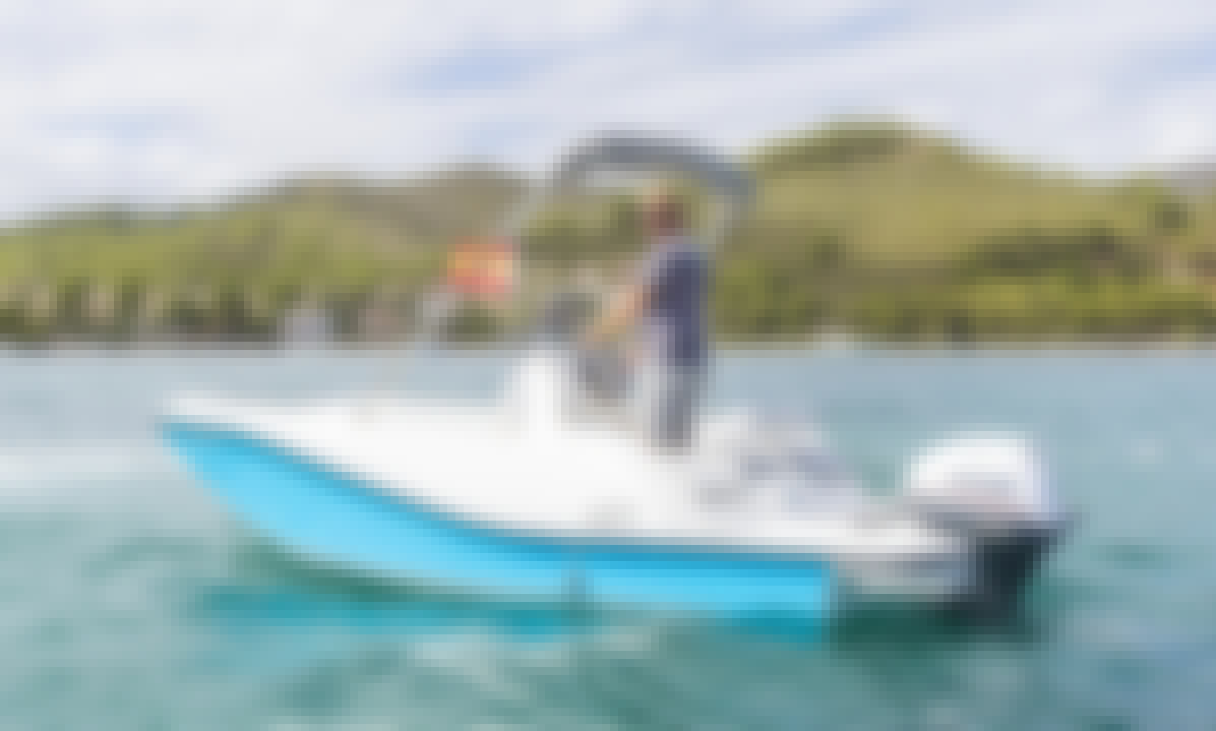 V2 5.0 Powerboat with 15 Hp Outboard for Rent in Port d'Alcúdia, Mallorca! No license required!