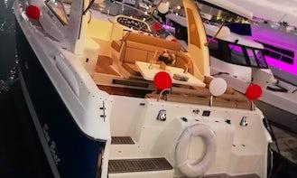 Great Motor Yacht Charter in Abu Dhabi
