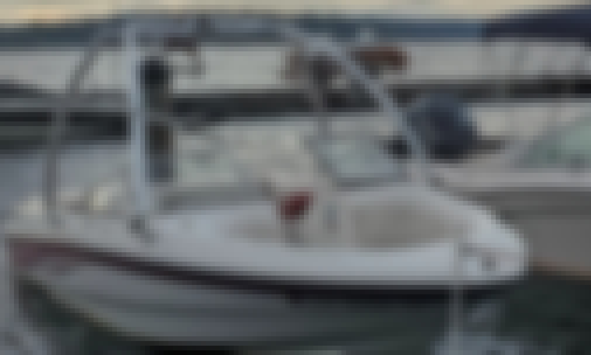 Book the Chaparral 180 SSE Powerboat with a Captain on Lake Washington