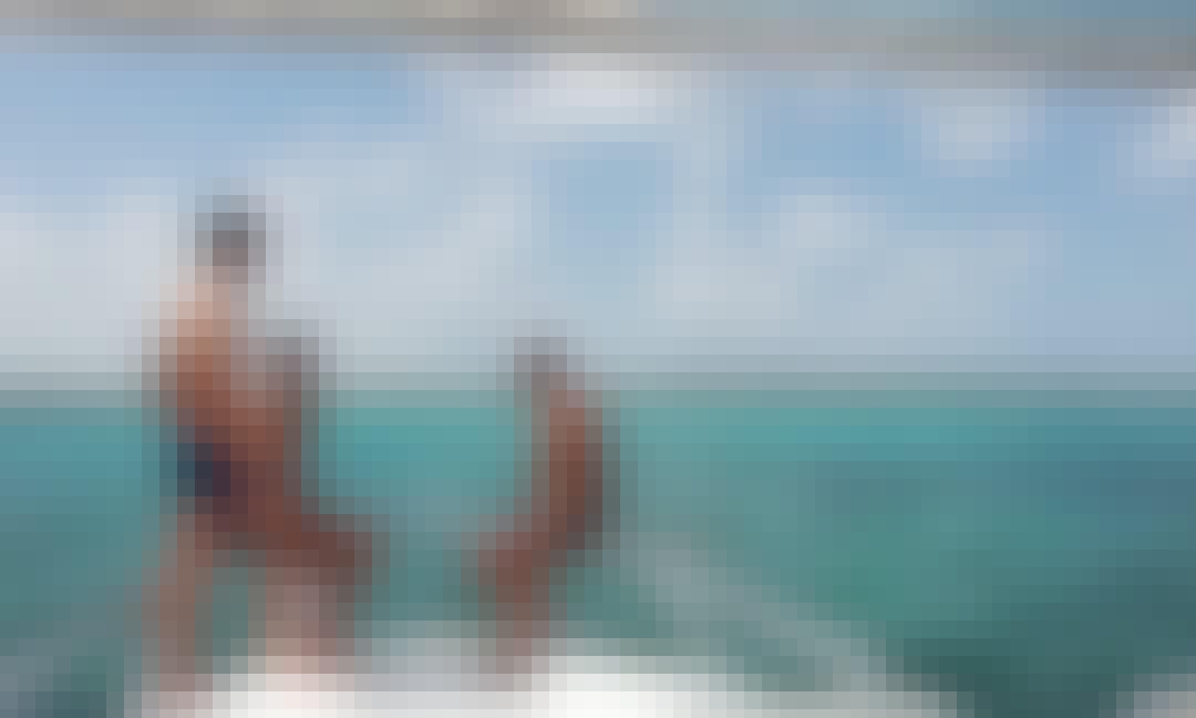 35ft Contender Express Snorkel/Beaching Charter in Nassau, Bahamas