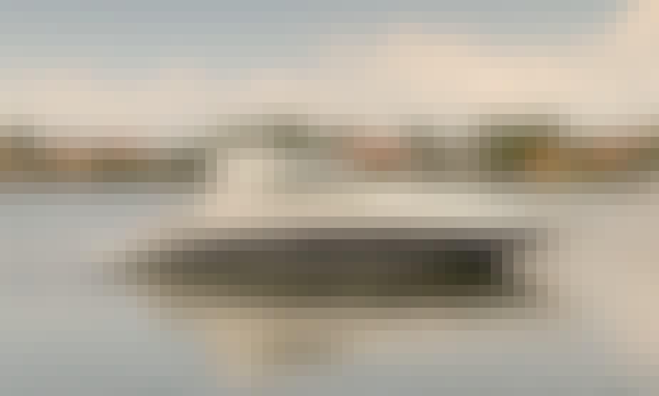 Luxury Sea Ray Sundancer 470 Yacht Charter in Sag Harbor