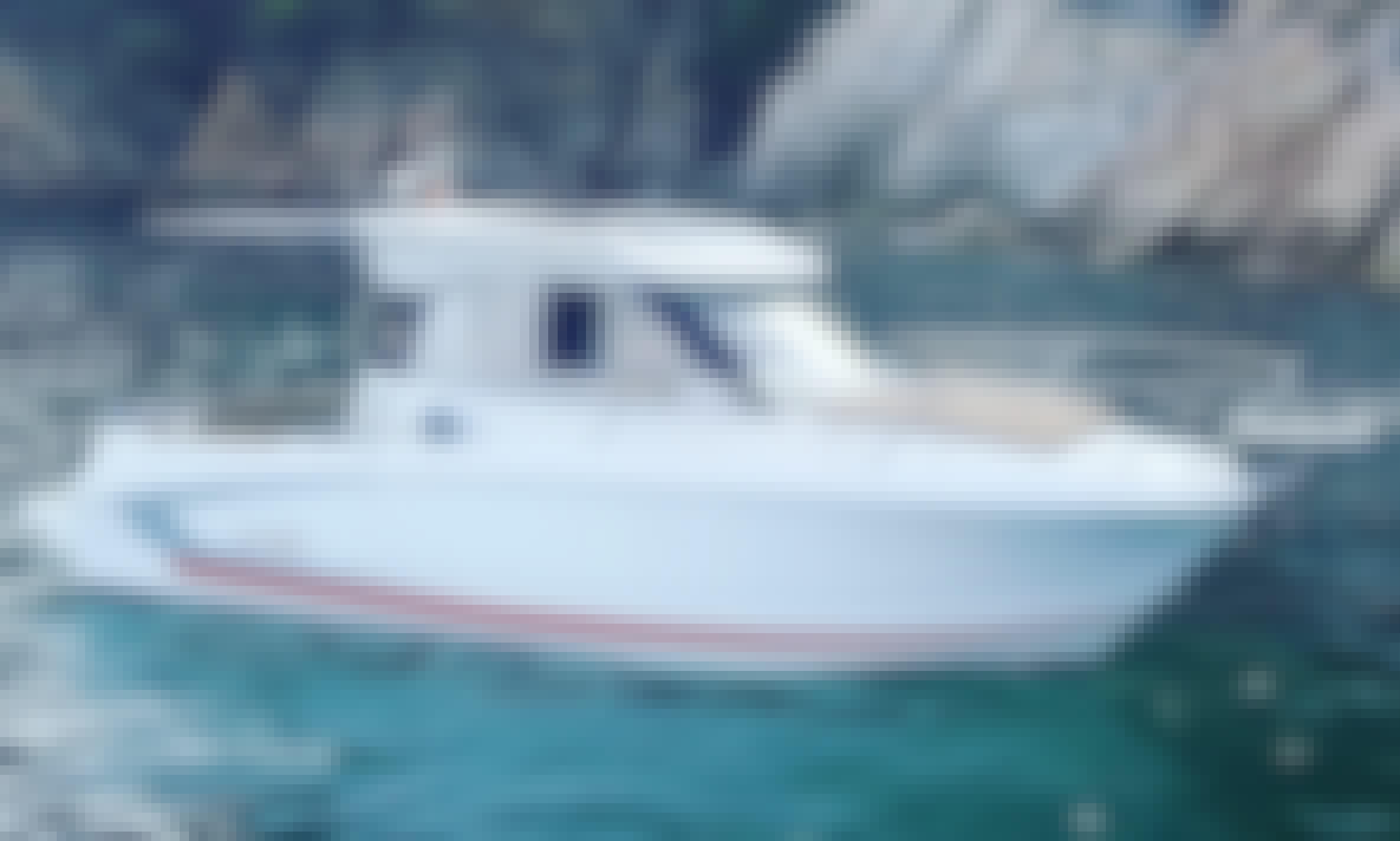 Charter the Beneteau Antares 6.80 Motor Yacht in Blanes, Catalunya