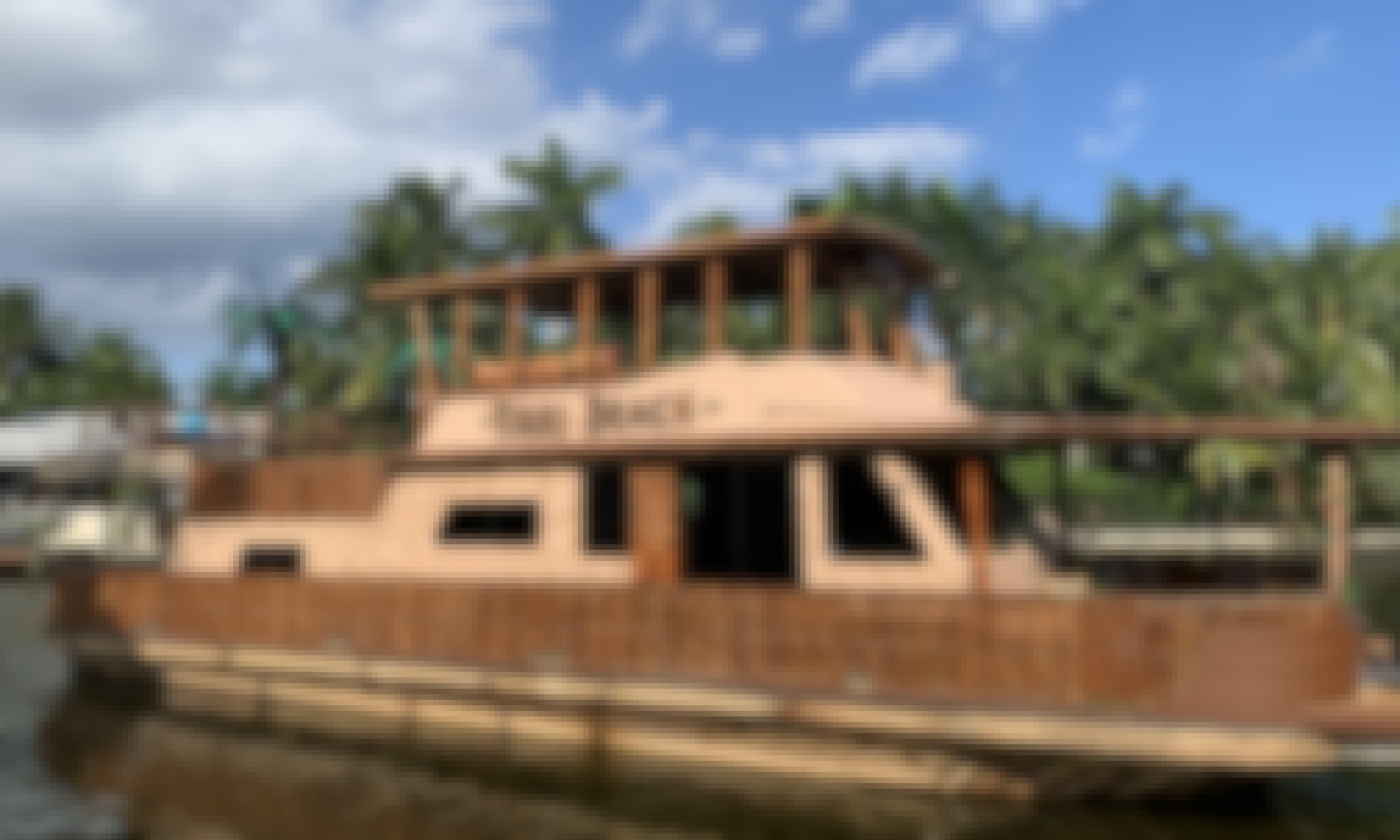 60' Bamboo Luxury Yacht / 13 Pax /  South Florida
