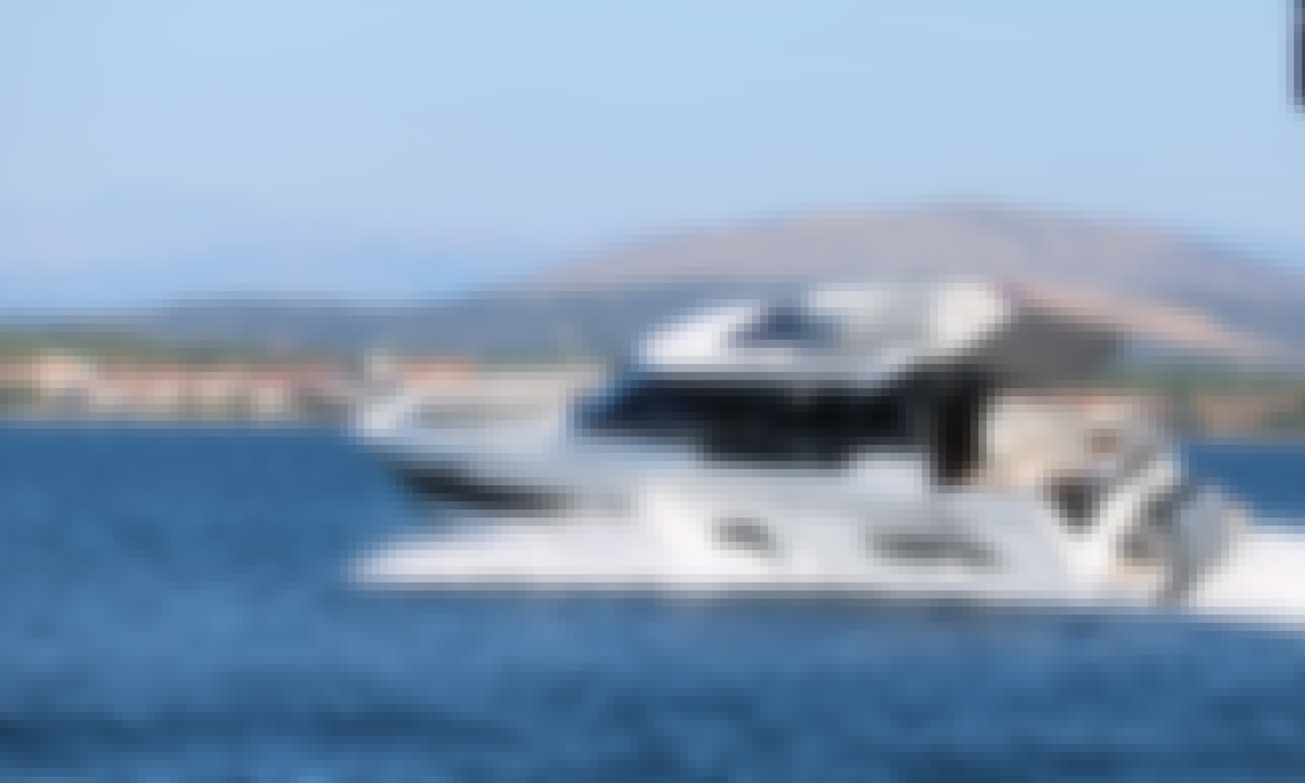 Merry Fisher 1095 Motor Yacht for Rent in La Bella, Tribunj