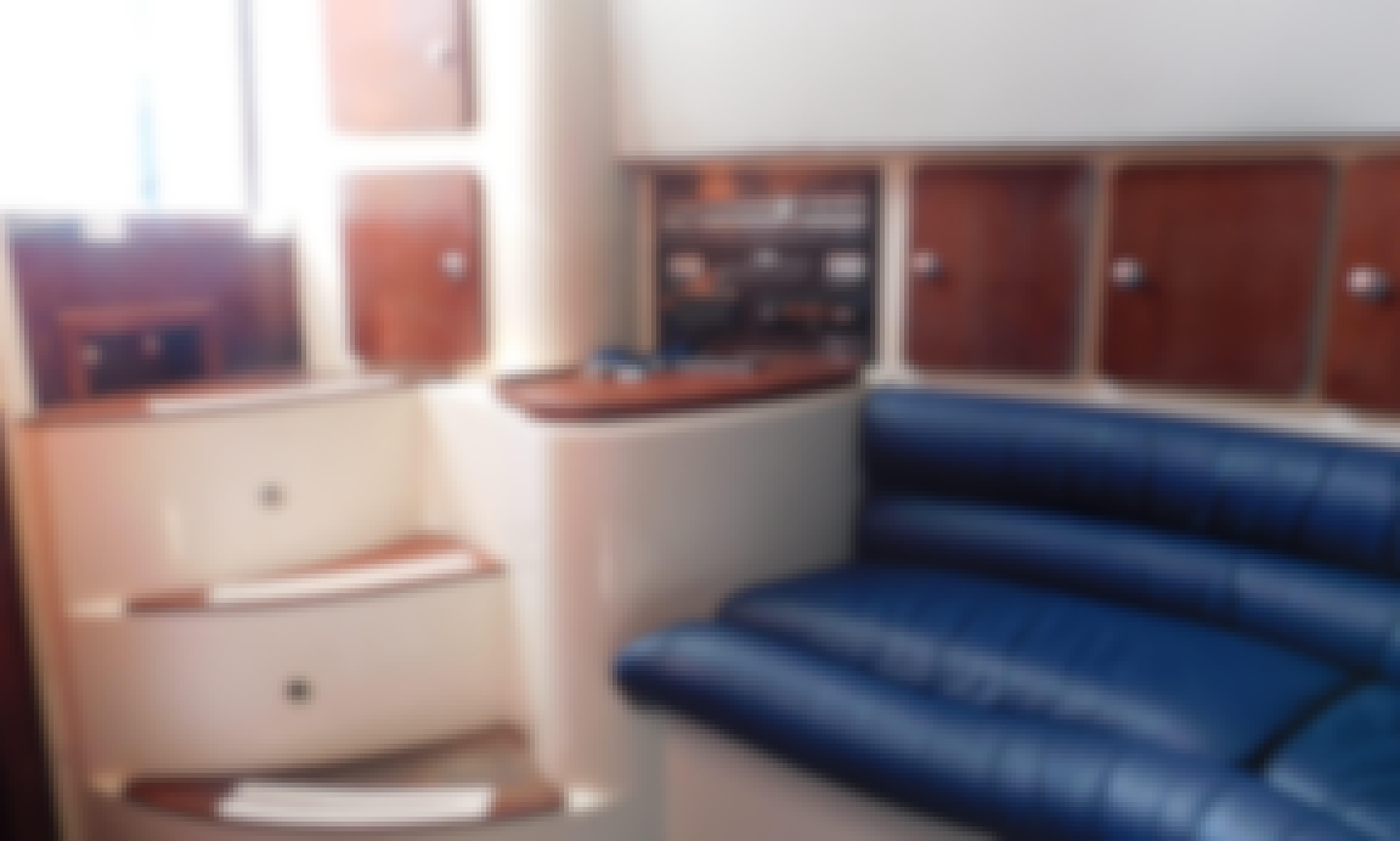 Skippered Boat Rental - F36 Firebird