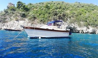 Boat Tour for 10 in Positano