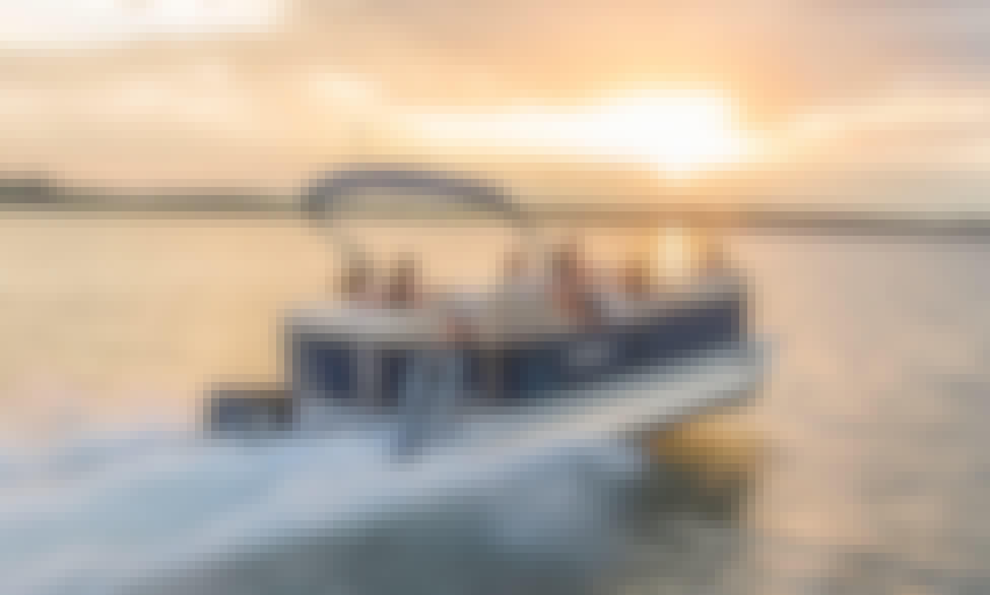 22' Sylvan Lounger Pontoon Boat Rental in Tampa Bay, Florida