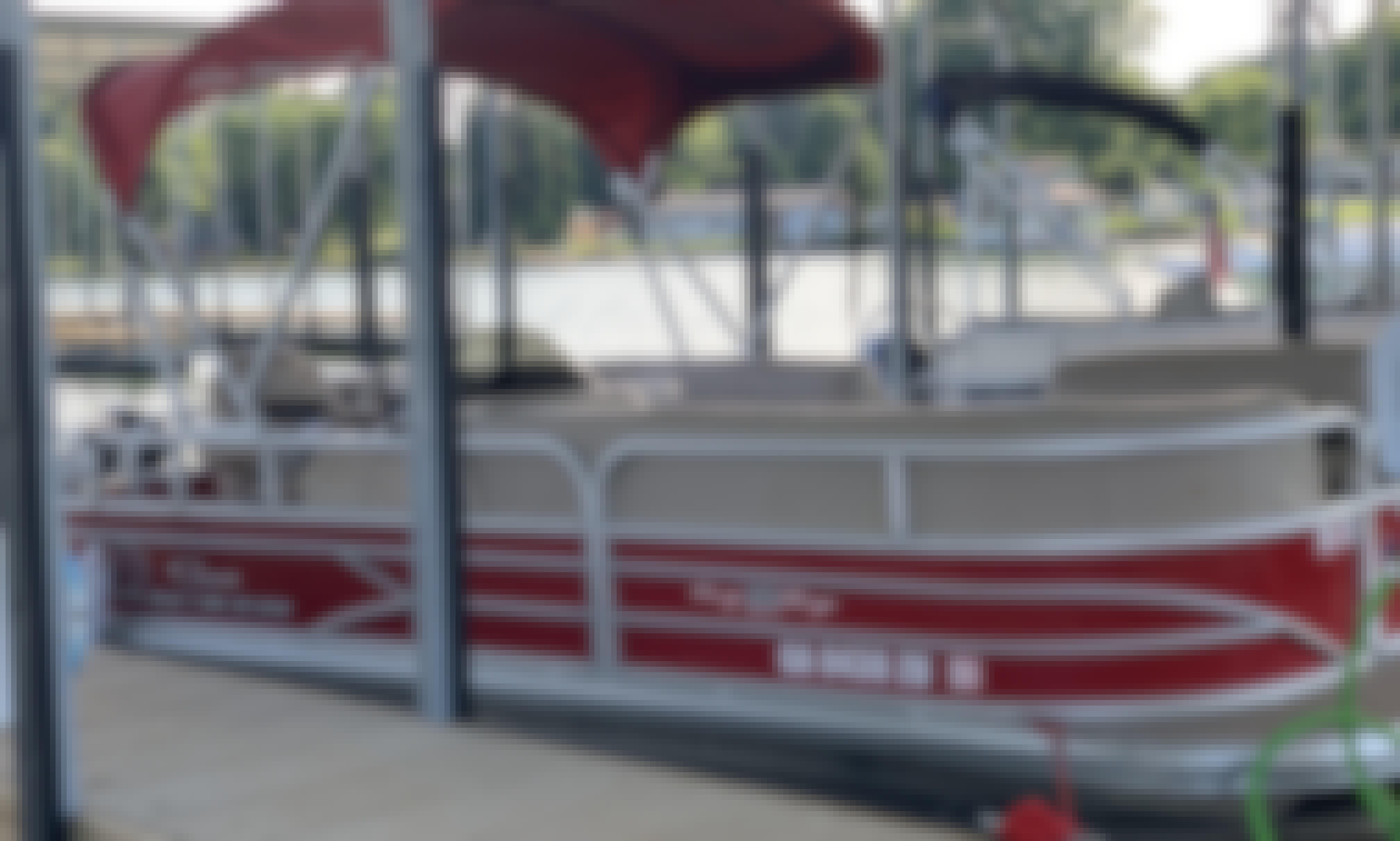 O'Mello Watersports Pontoon Rental, Lake Norman