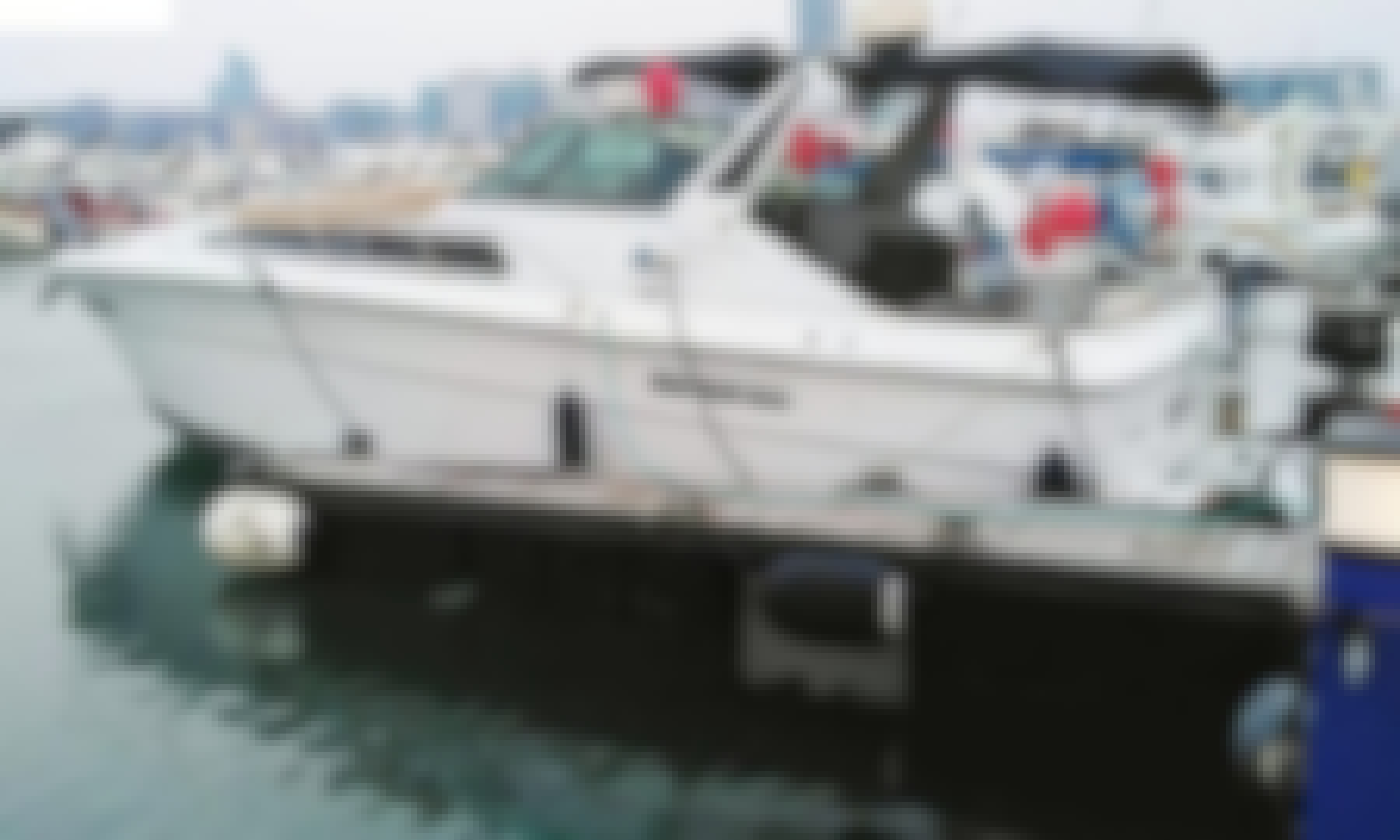 YACHT 45FT ON RENT IN ABU DHABI