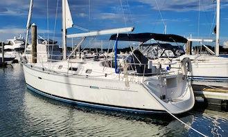 Sailing Long Island Sound on a 34' Beneteau Oceanis 343