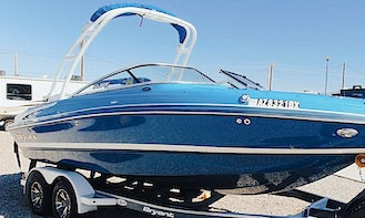 OFF SEASON PRICE! 2016 Bryant 210 270hp Open Bow Powerboat