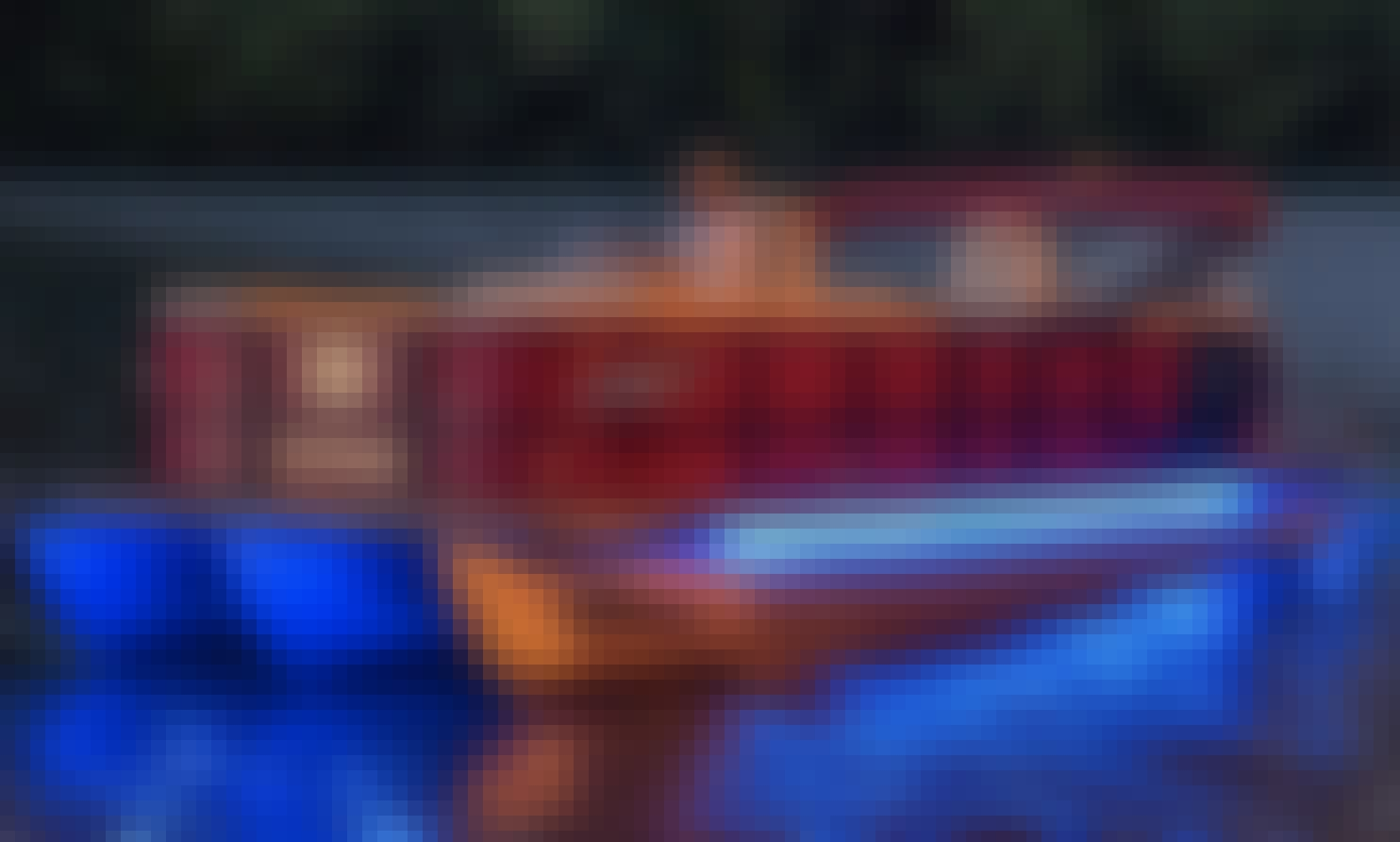 Lake Austin Boat Rentals⎮Family Fun⎮Pristine Pontoons⎮Laid Back Prices
