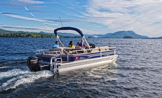 20' Sun Tracker Pontoon Boat Rental in Cypress, Texas
