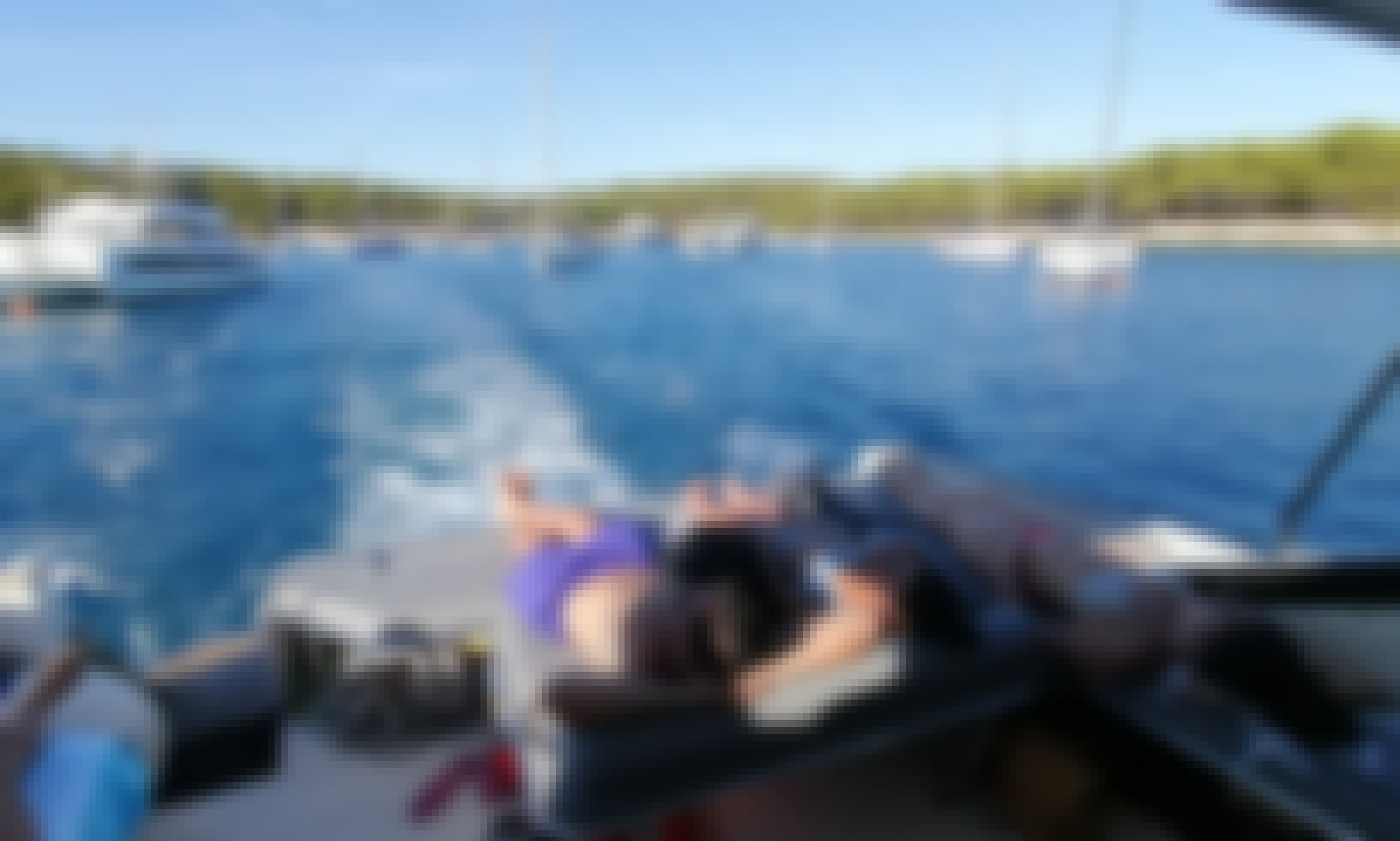 Daily tours with yacht from town Hvar