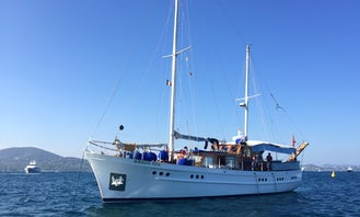 """Captained Charter 65' Sailing Yacht """"Ambersea"""" Holding 15 People in Monaco"""