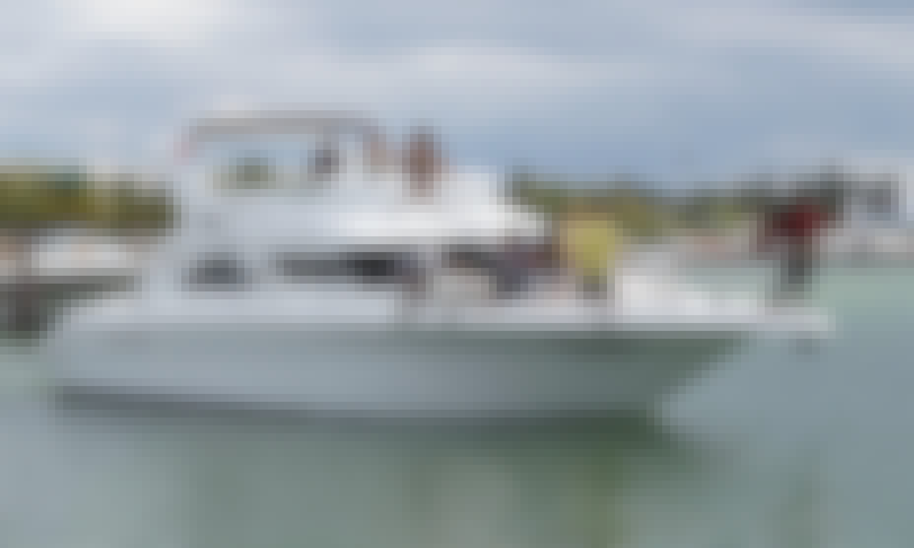 46ft SeaRay Luxury Yacht with Captain for Charter in Cancun, Quintana Roo