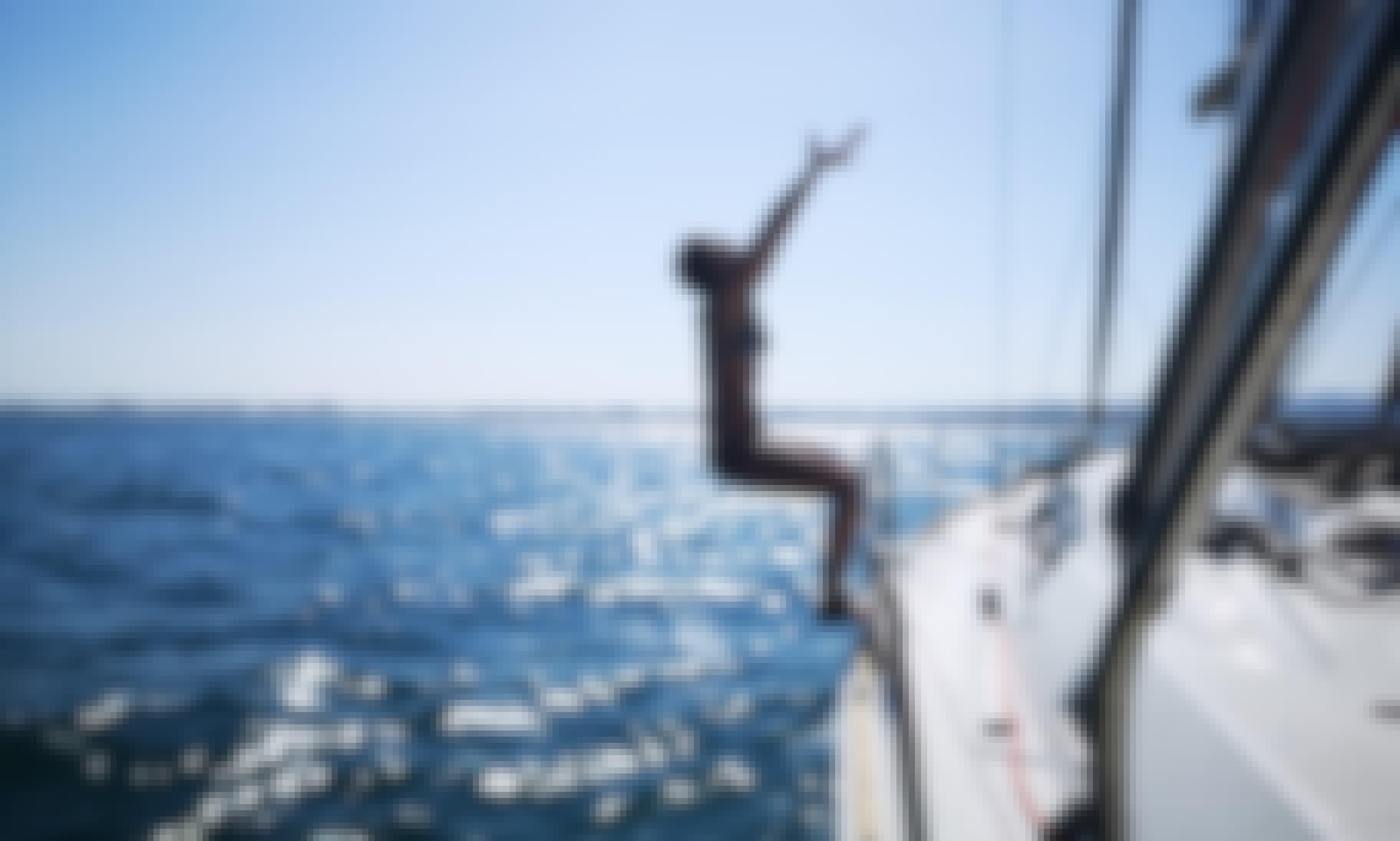 Charter Sailboat Holding 10 in Catania, Sicilia