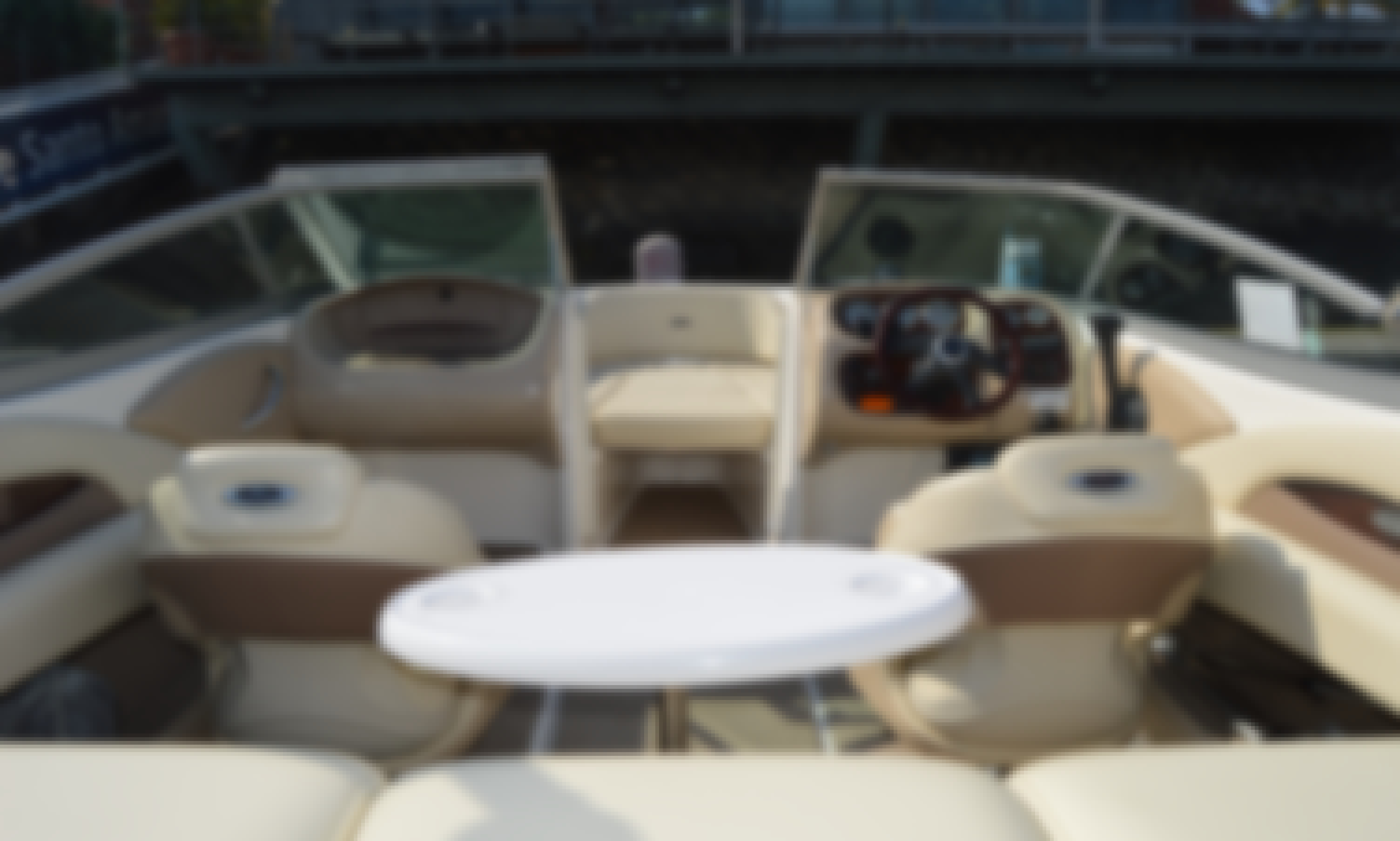 Discover Lisbon in a different perspective. Book this Wonderful Chaparral 21`