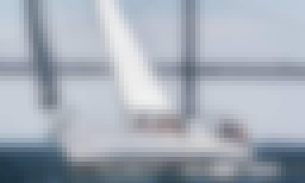 Beautiful Sailboat Charter out of Sausalito