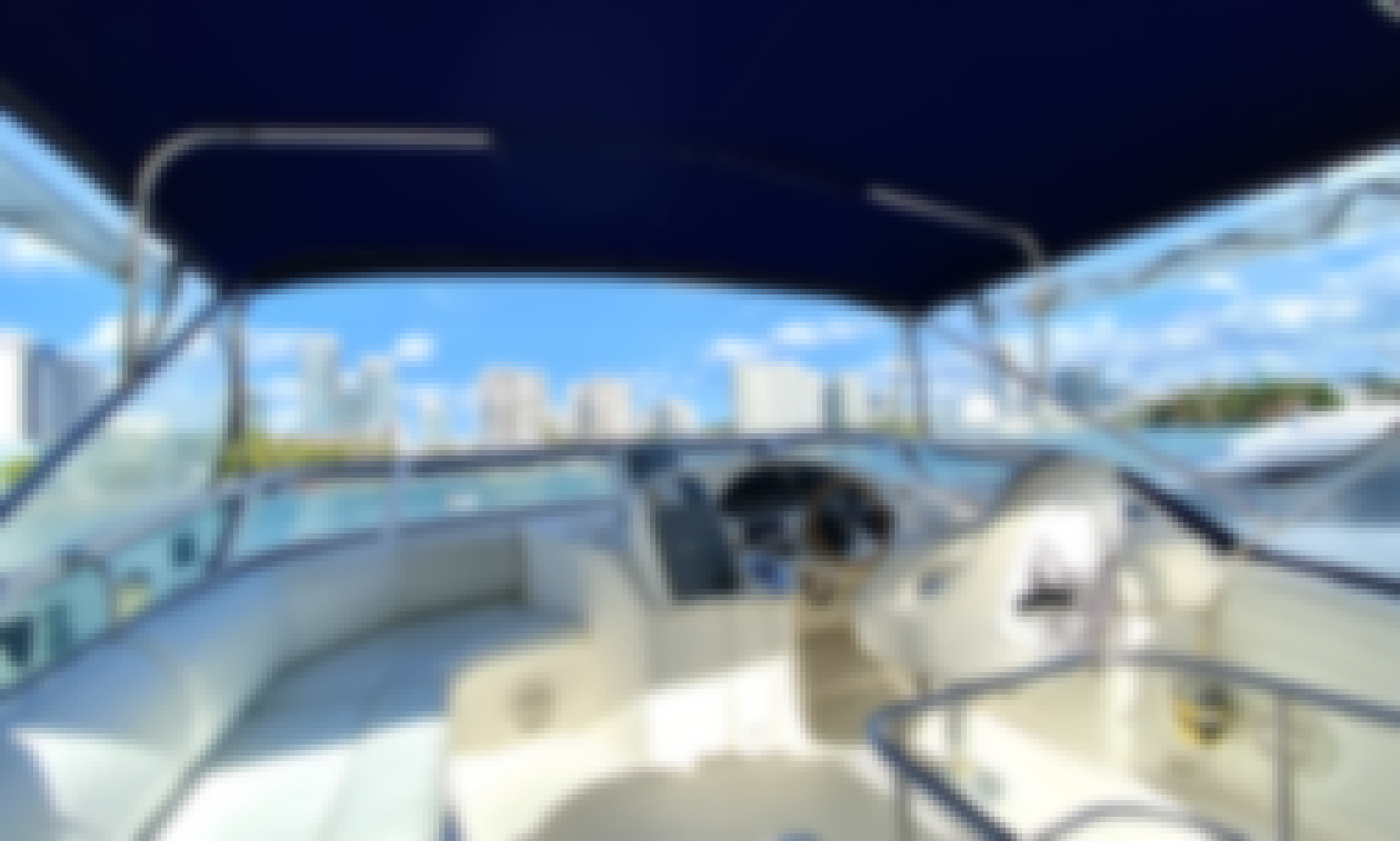 46' Azimut Motor Yacht for Charter in Miami!