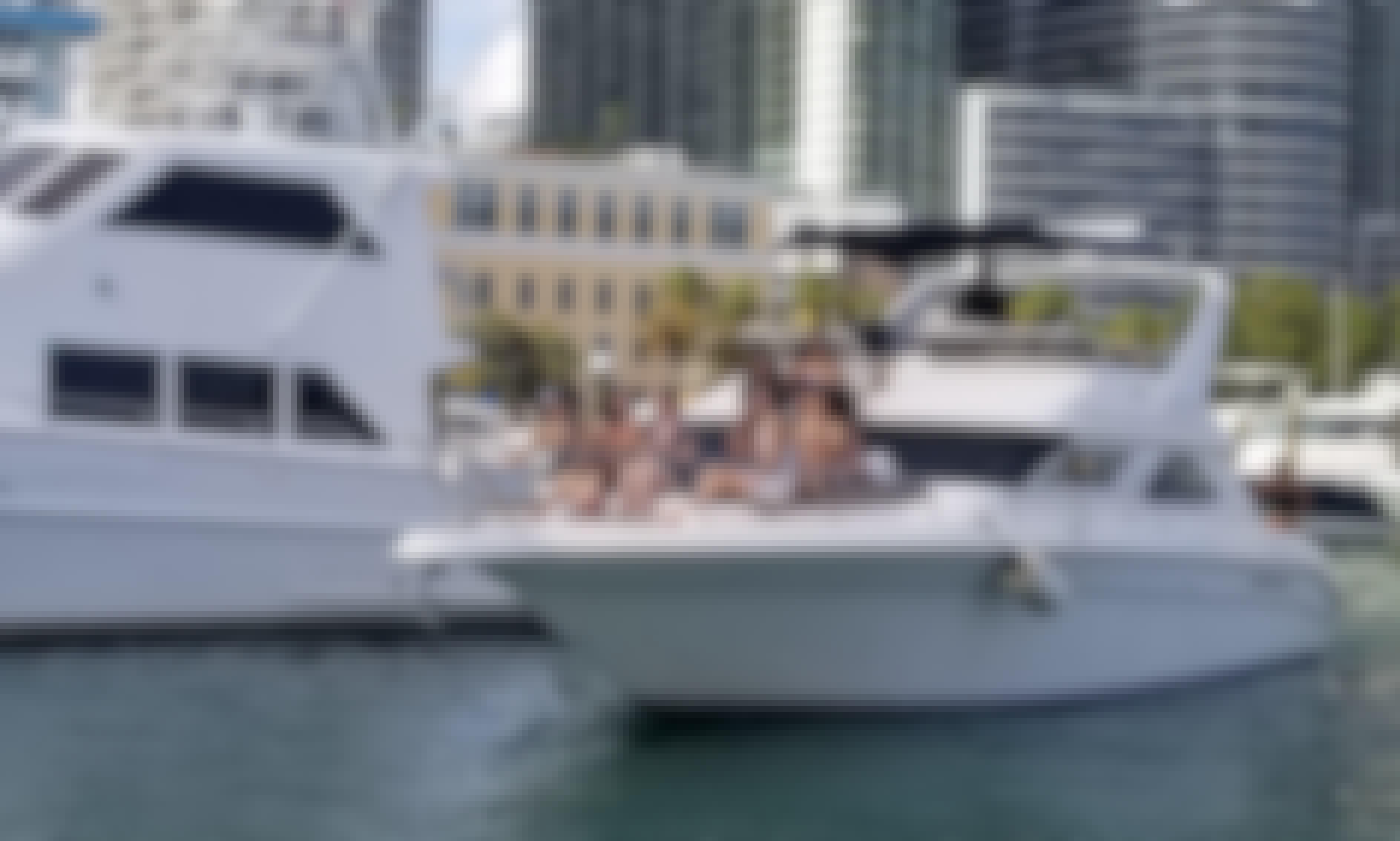 44' Sea Ray Motor Yacht in Miami, Florida