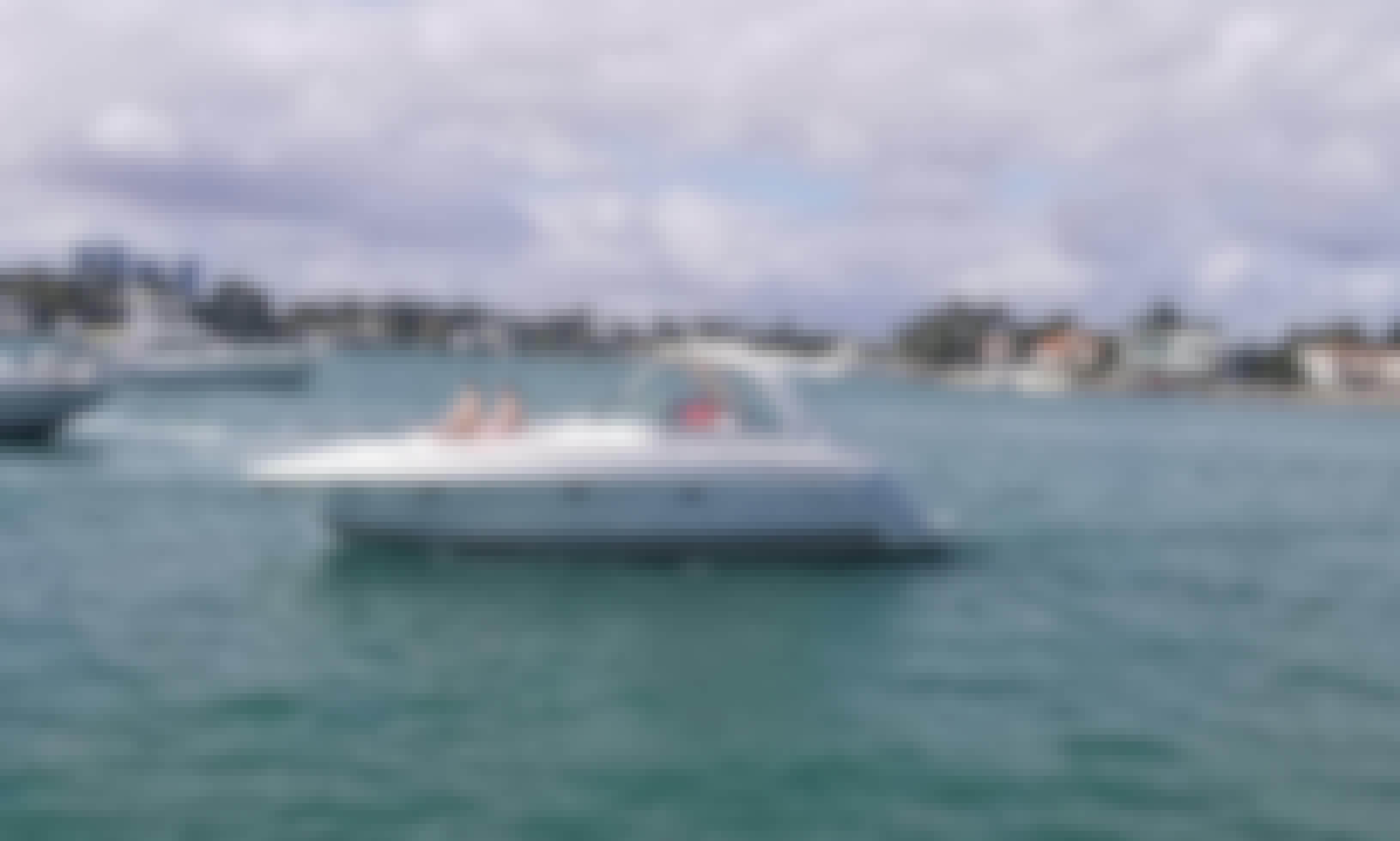Charter 40' Formula Motor Yacht in Miami, Florida!