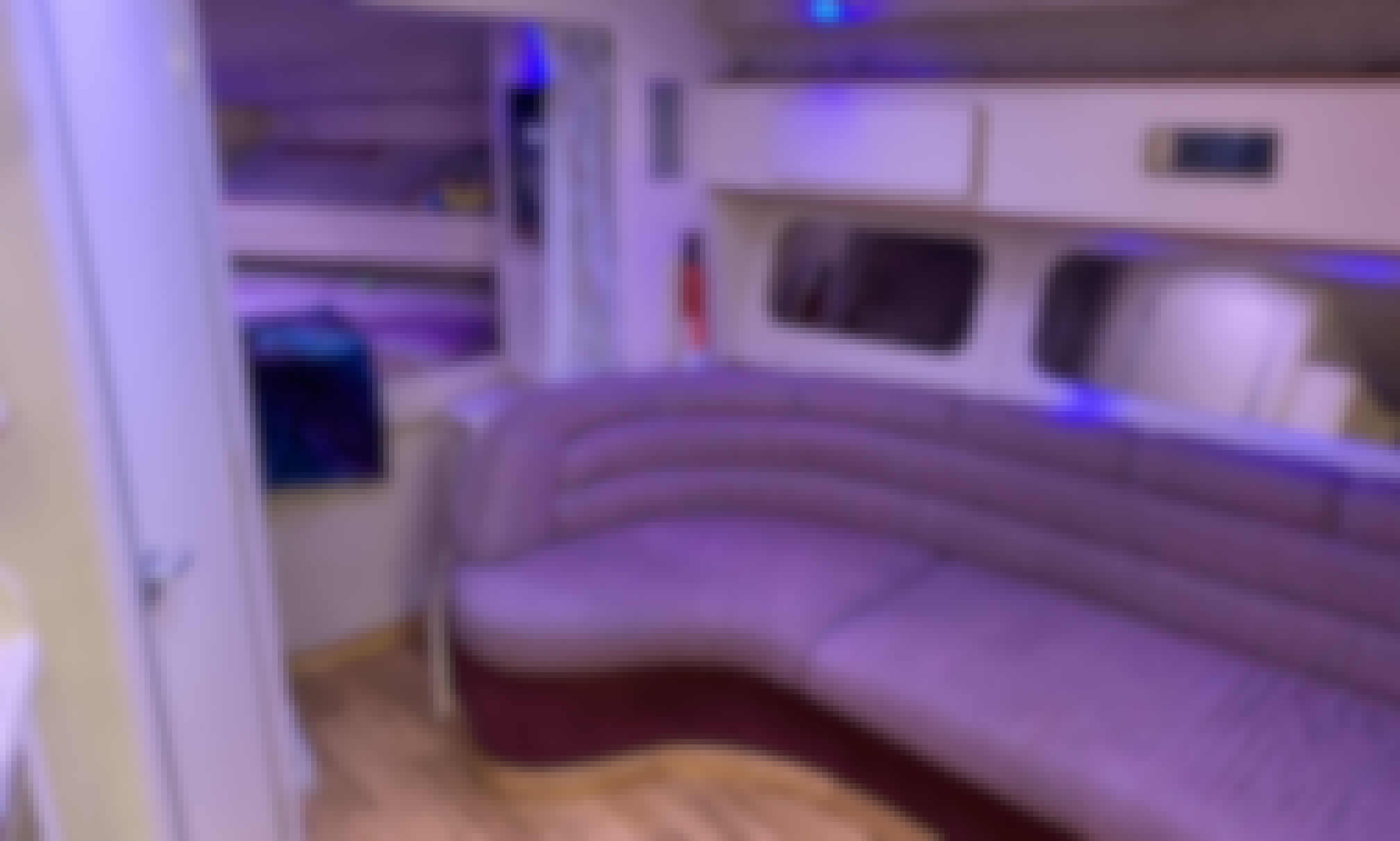 Sea Ray 370 38' Nita Relaxer
