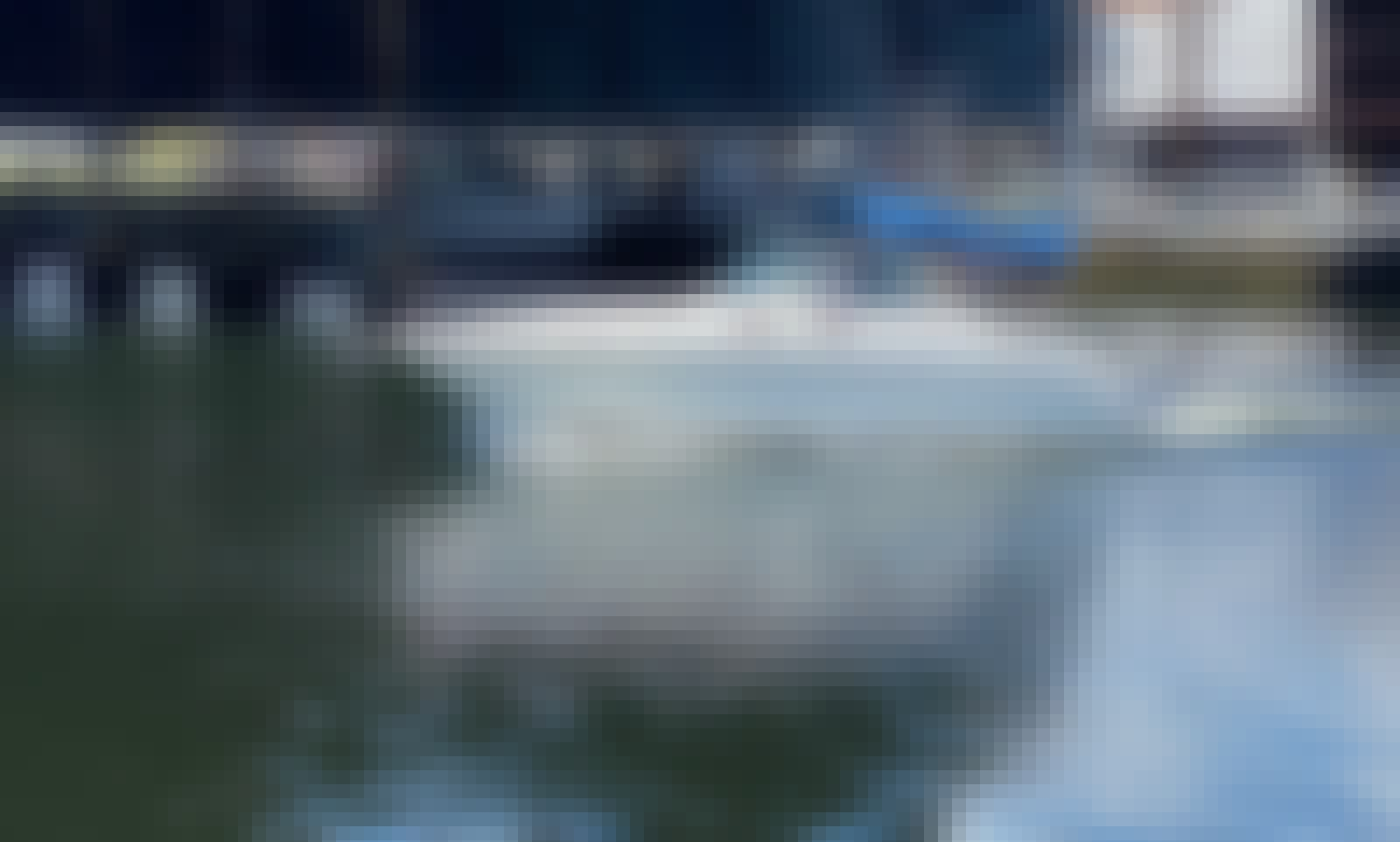 Sea Ray Sundancer 30' for Charter in Miami, Florida!
