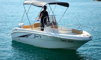 Hire Saver 341 Powerboat Holding 6 in Krk Island!
