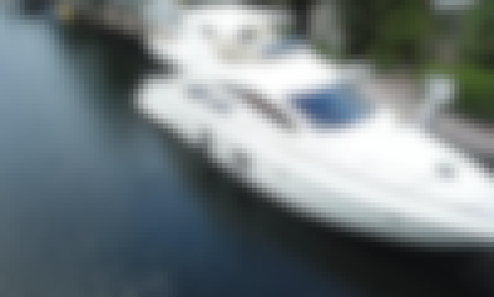 Charter 55' Azimut Flybridge Motor Yacht in North Miami, Florida!