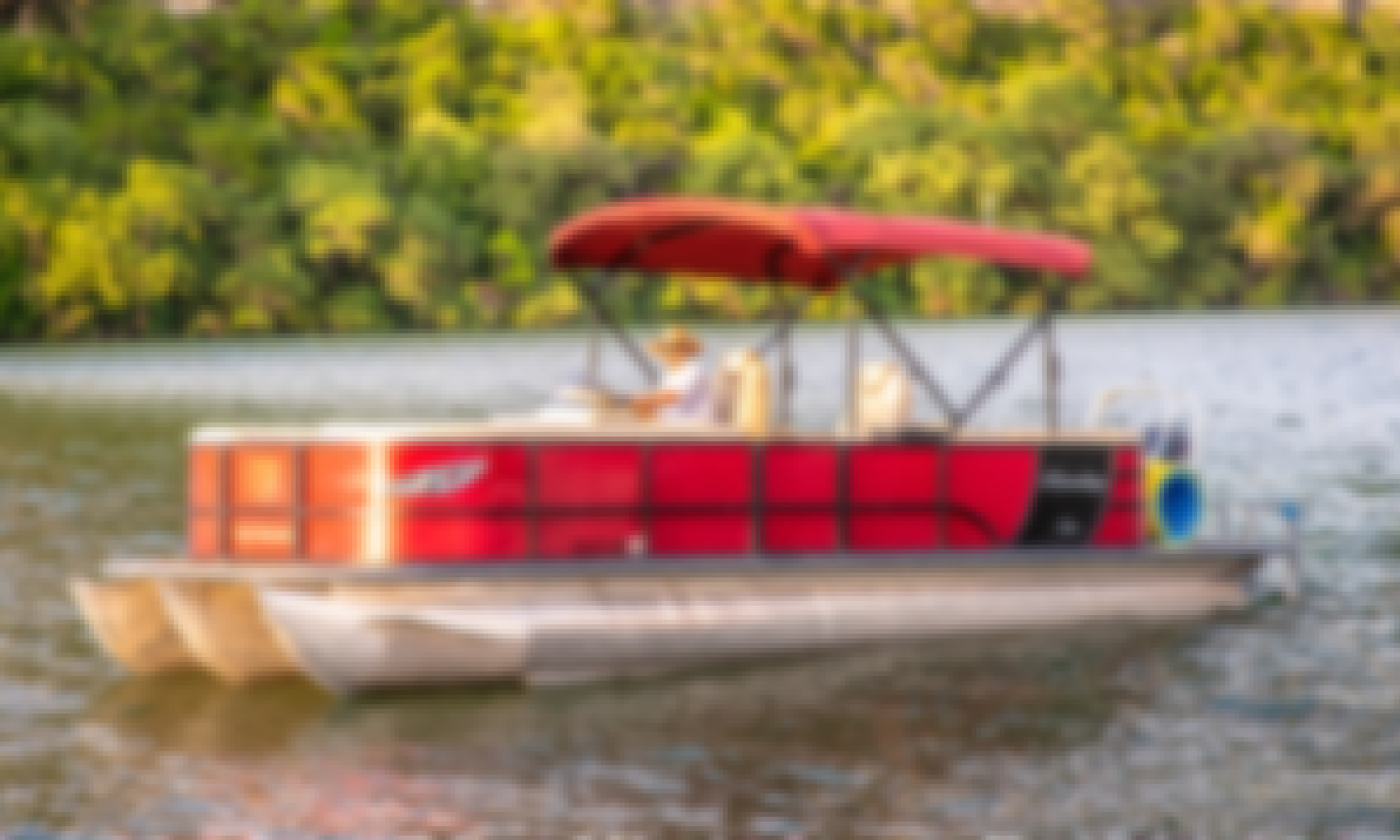 Lake Austin Boat Rental⎮Clean & Pristine Pontoons⎮VIP Service at Laid Back Prices