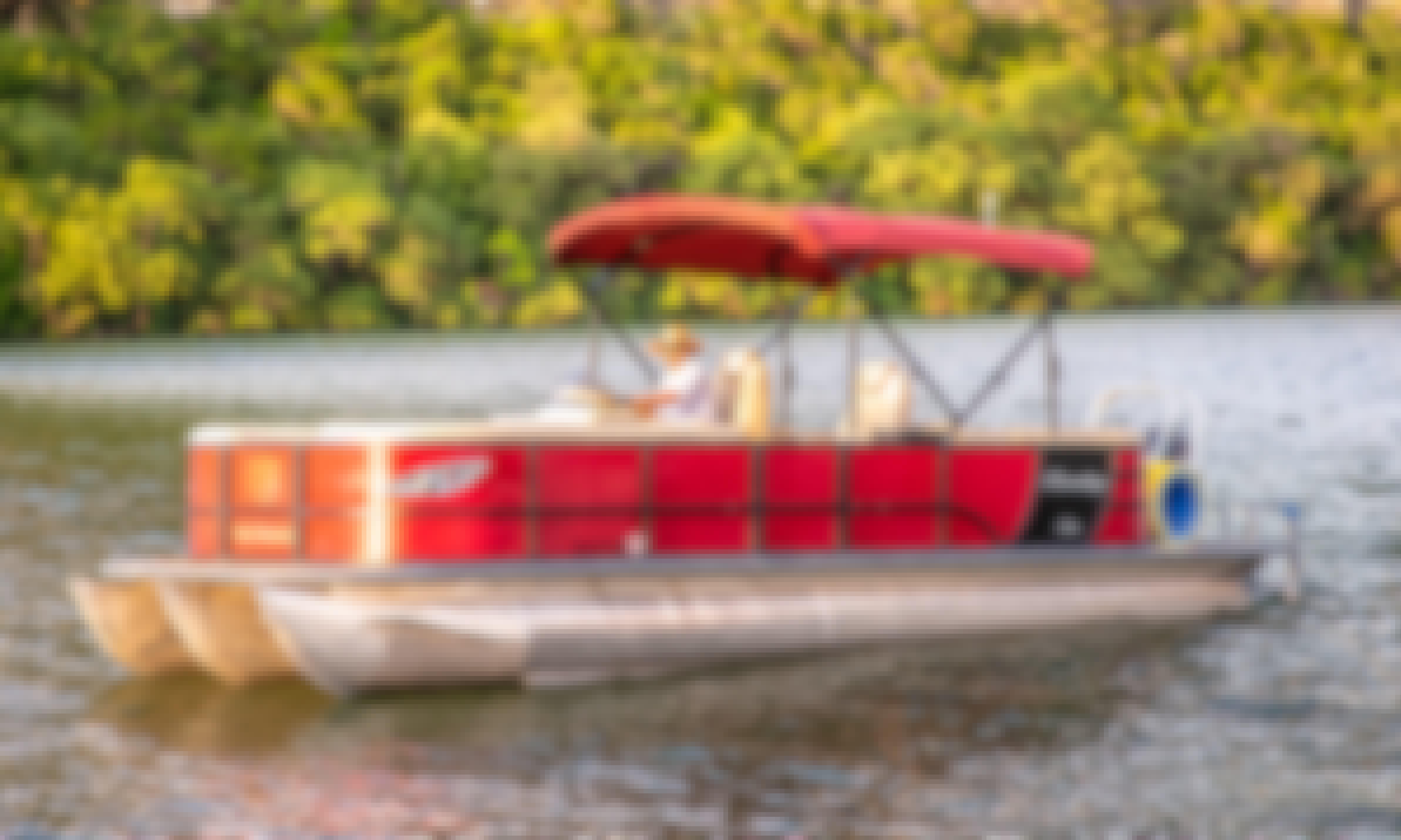 Lake Austin Boat Rental⎮Clean & Pristine Pontoons⎮VIP Service at Laid Back Prices