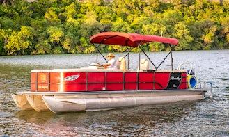 Lake Austin Boat Rental - Clean And Pristine Pontoons⎮VIP Service