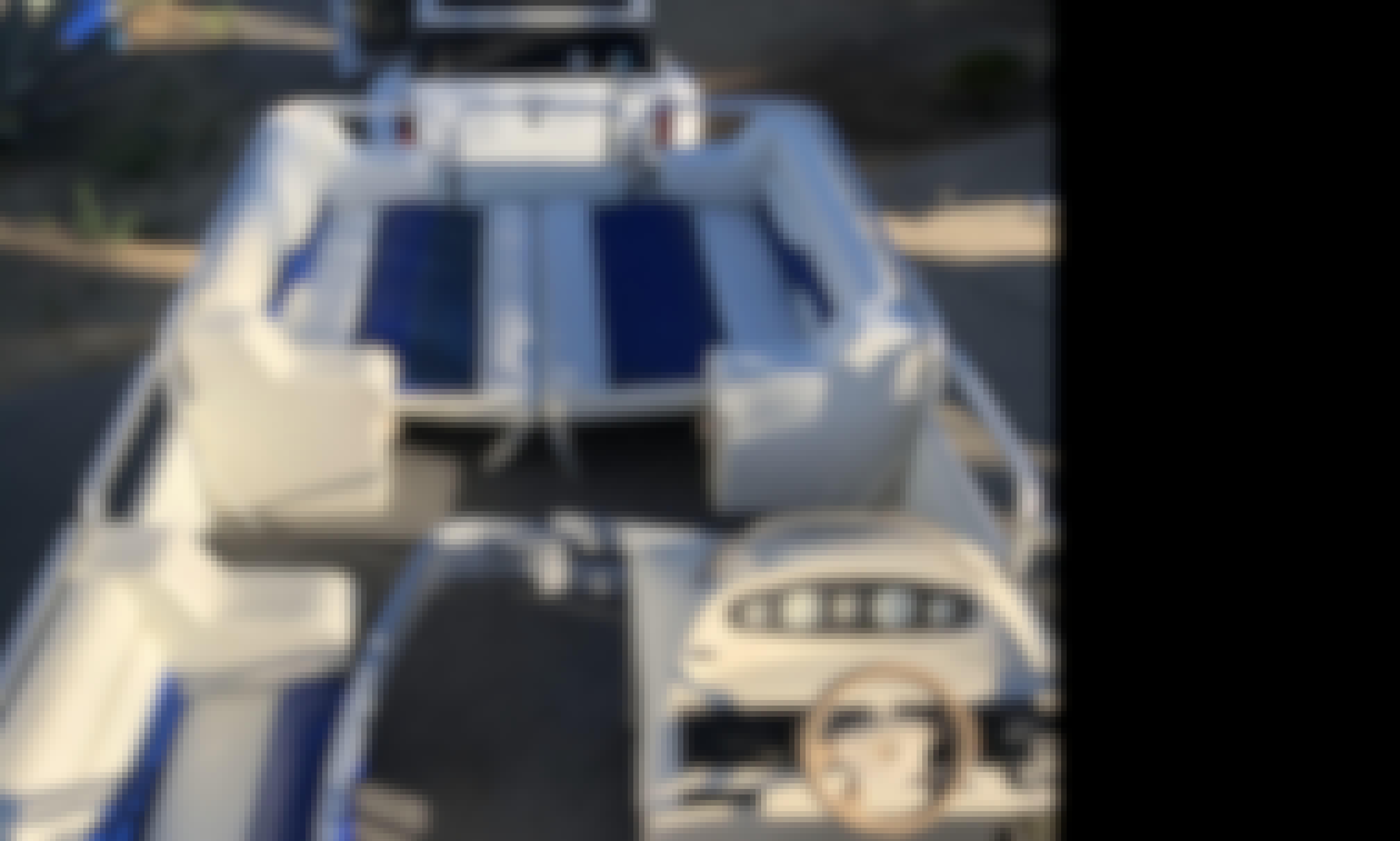Charter 24' Suncruiser Pontoon in San Diego, California