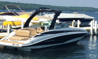 Crownline E6 Deck Boat for Rent in Fontana-on-Geneva Lake, Wisconsin