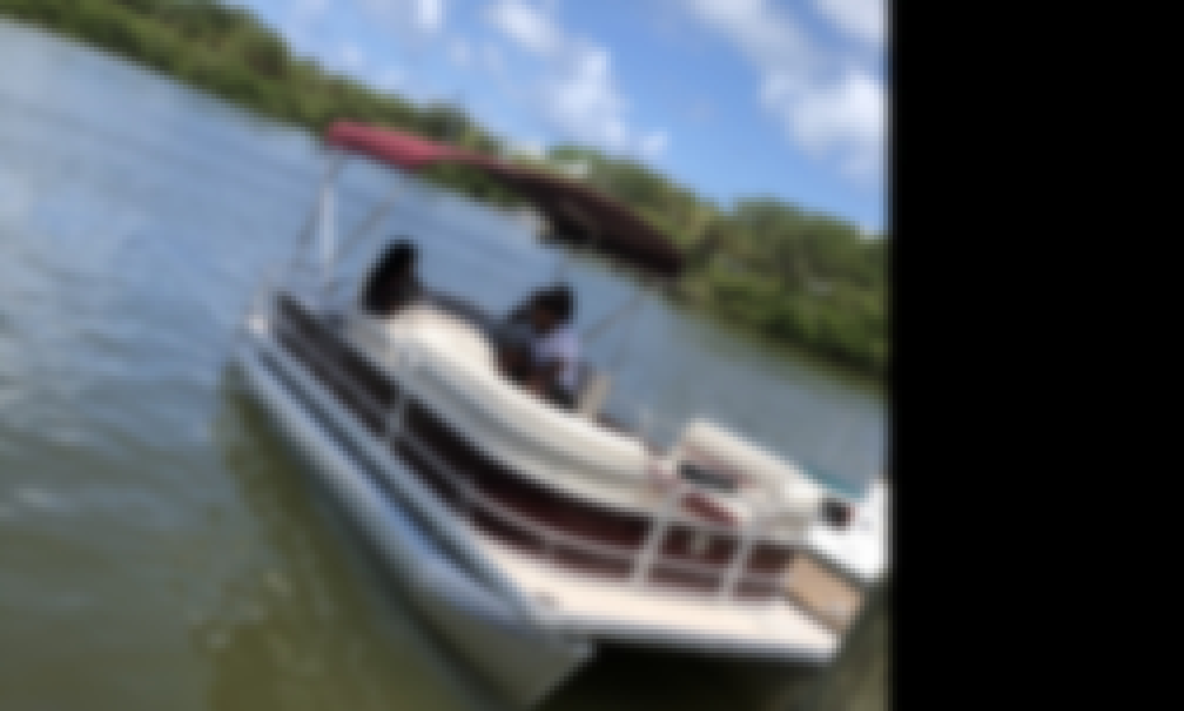 Pontoon Boat for Up to 12 People in New Smyrna Beach